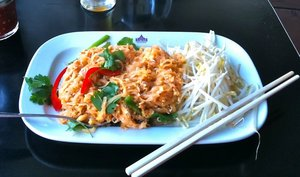 thaihouseexpress-padthai.jpg