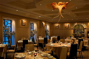1_CP_Restaurant_Dining_Room.jpg