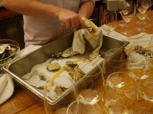 oysters-secretwineshop.jpeg