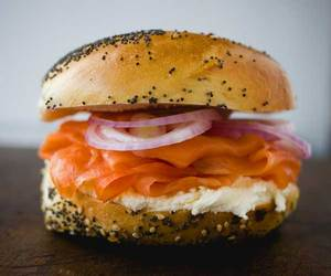 russ_daughters_bagel.jpg