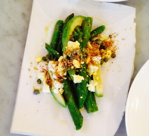 Piccino_brunch_asparagus_with_HBegg.JPG