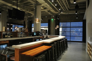 02_market_on_market_wine_beer_bar.JPG