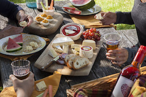 marinfrench-Picnic_PartyTable.jpeg