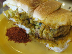 vadapav.JPG
