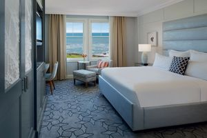 1-ritzcarlton-hmb-coastalroom.jpeg