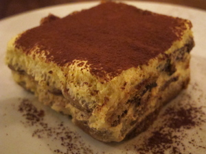 6-ragazza-tiramisu.JPG